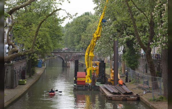 Vernieuwing lage walmuren Utrechtse Oudegracht succesvol